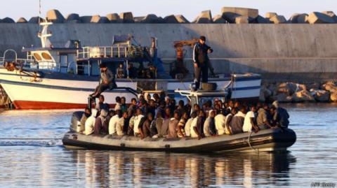Італійська берегова охорона врятувала 1350 мігрантів в Середземному морі