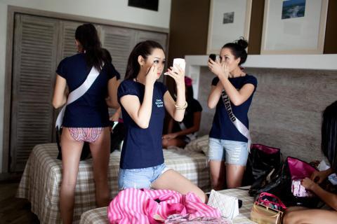 Що відбувається за лаштунками відомих конкурсів краси (ФОТО)