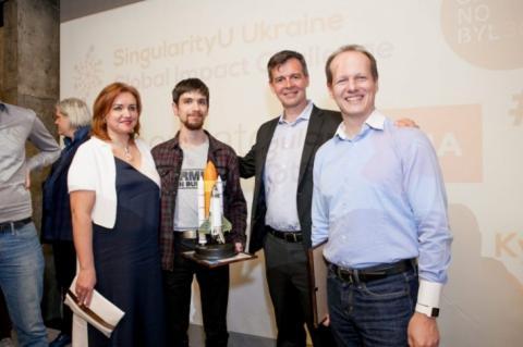 Уперше за всю історію, двоє українців поїдуть вчитися за програмою Google і NASA (ФОТО)