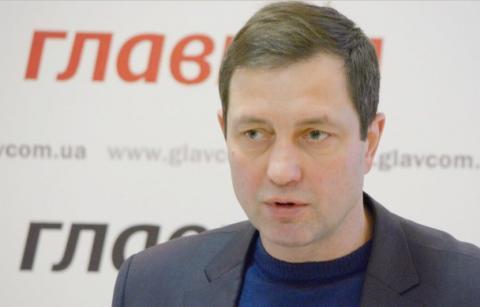 Путін готує вторгнення на Донбас псевдомиротворців, - експерт