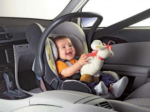 """Компанія Ford представила """"розумне"""" дитяче ліжечко"""