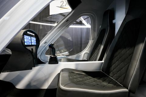 Перше в світі аеротаксі почне розвозити пасажирів вже в наступному році (ФОТО)