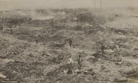 Шокуючі світлини Нагасакі після атомного вибуху, які були вилучені урядом Японії (ФОТО)