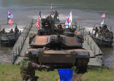 Південна Корея висловилася проти превентивного удару США по КНДР