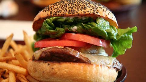 Вчені розповіли від яких продуктів може бути залежність
