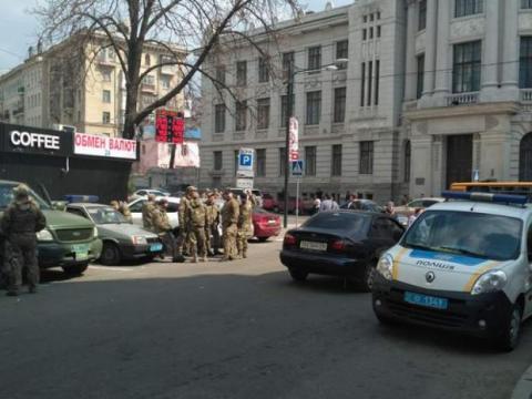У Харкові продовжують блокування «Сбербанку РФ» (ФОТО)