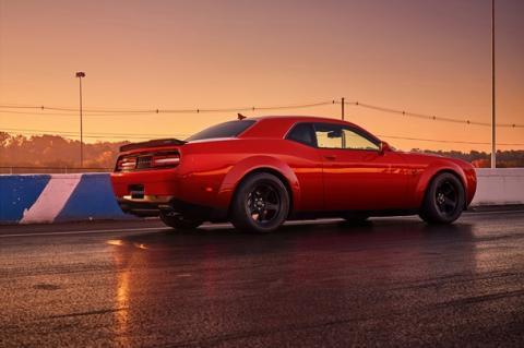 Dodge випустила новий потужний суперкар Demon (ФОТО)