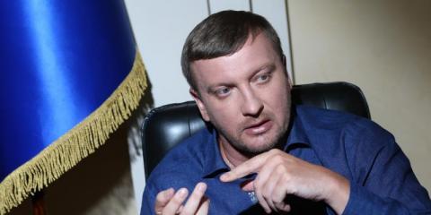 Уряд має скасувати правові акти СРСР,  - міністр юстиції