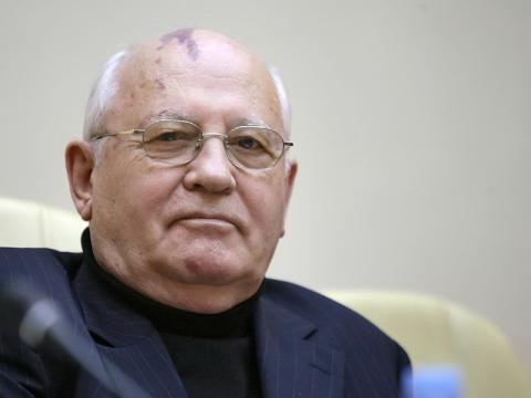 Світ готовий до масштабної війни, - Михайло Горбачов