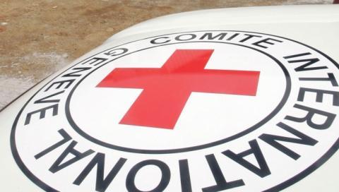 Українські заручники в ОРДО отримали передачі від Червоного хреста