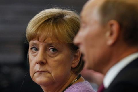 Меркель передала спецслужбам Британії таємні документи на Путіна, — ЗМІ