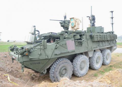 У США випробували БТР з бойовим лазером