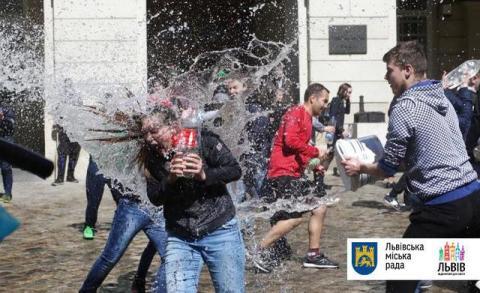 Львівська адміністрація створила всі умови для Поливального понеділка