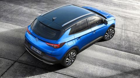 Opel розсекретив п'ятимісний новий позашляховик (ФОТО)