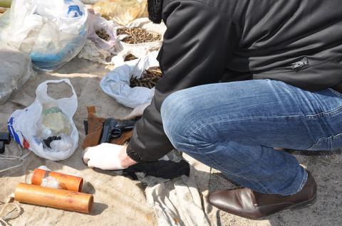 СБУ викрила вражаючий склад із зброєю (ФОТО)