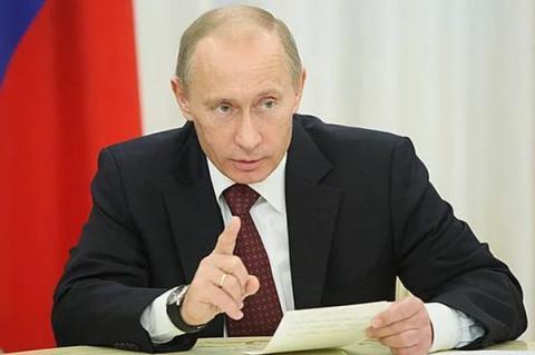 Путін приєднає Донбас без його визнання, - експерти