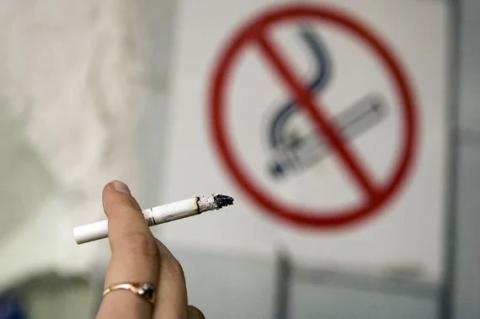 В Україні підвищили штрафи за куріння у заборонених місцях