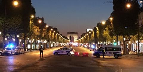 У Франції розшукують можливого спільника паризького стрілка