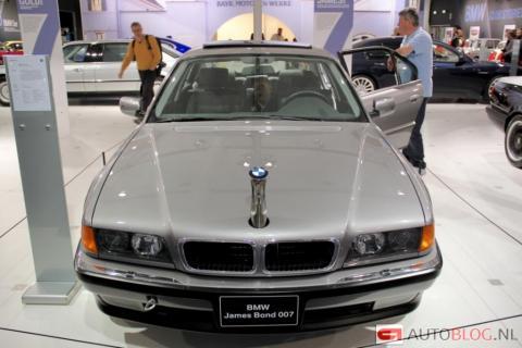 У Нідерландах виставили на аукціон легендарний BMW 7 Джеймса Бонда (ФОТО)