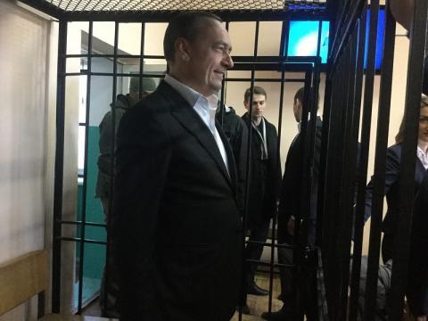 Мартиненко у суді пообіцяв, що не буде тікати з України