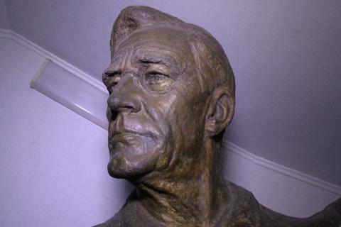 У Ялті встановили пам'ятник американському президенту