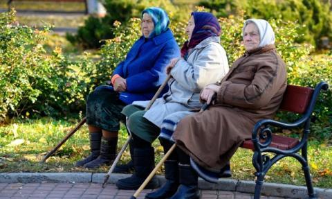 В уряді розповіли, коли піднімуть пенсійний вік