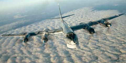 Канада перехопила російські бомбардувальники