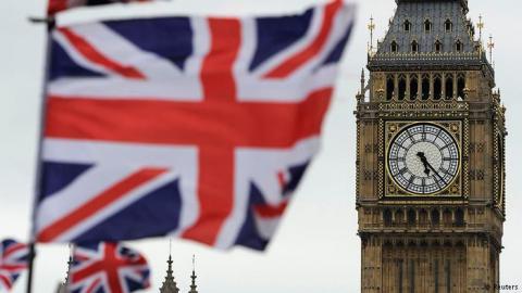 Тереза Мей розповіла, чому британські винищувачі полетіти до Румунії