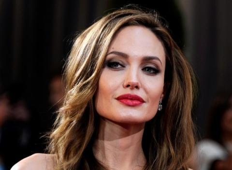 Анджеліна Джолі знову стане мамою