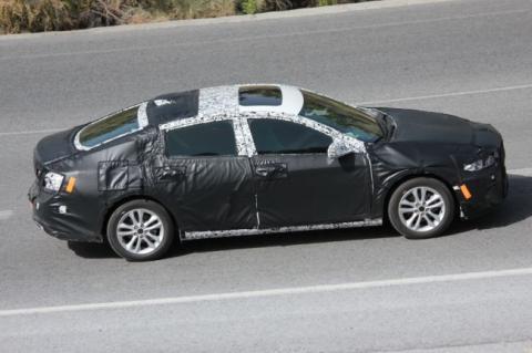 З'явилися шпигунські фотографії прототипу Chevrolet Malibu 2019 (ФОТО)