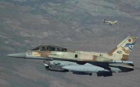Ізраїль завдав потужного авіаудару по військах Асада (ВІДЕО)