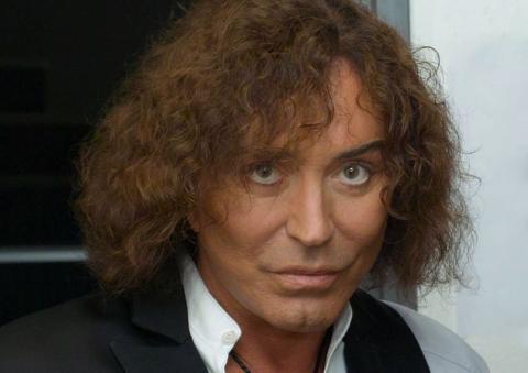Відомий російський співак запросив українців на свій концерт в Крим