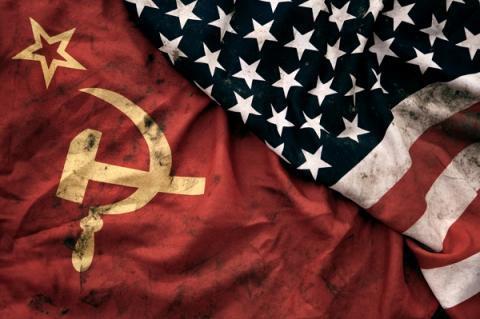 """Екс-президент  України заявив про початок """"Холодної війни"""""""