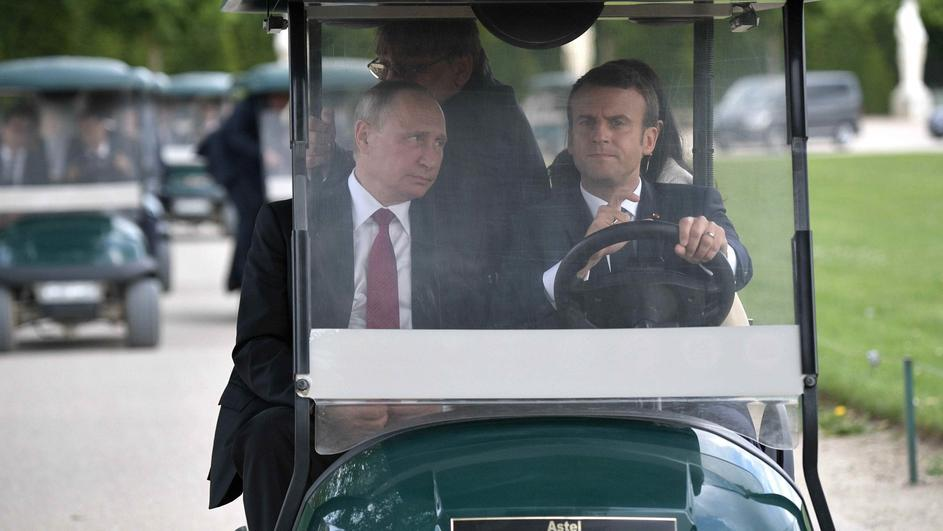 Путін хотів наочах Європи «вкрасти» Анну Ярославну— Порошенко