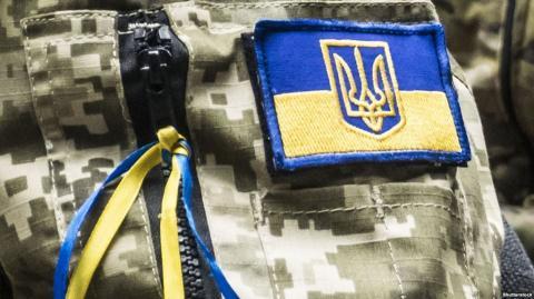У зоні бойових дій на Донбасі за добу загинув військовий