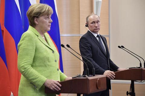 Меркель закликала Путіна надати Україні контроль за кордоном