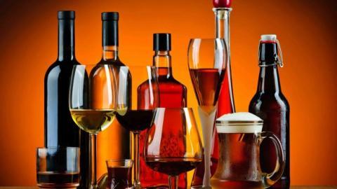 В Уряді розповіли, на скільки може зрости ціна на алкогольні напої