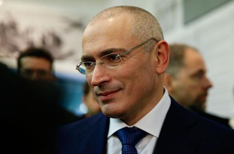 """Російський """"опозиціонер"""" запропонував Україні спільно керувати Кримом"""
