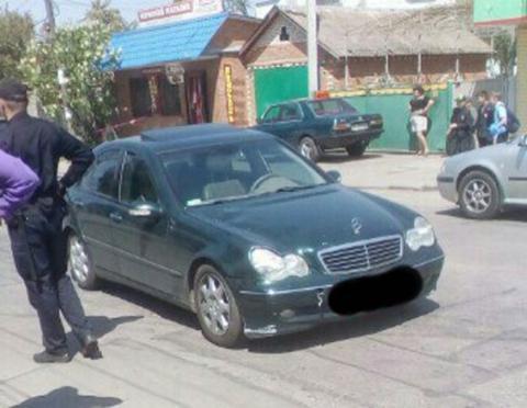 Mercedes збив школяра на пішохідному переході (ФОТО)
