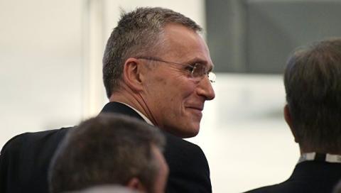 Столтенберг заявив, що НАТО збільшує військові витрати