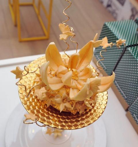 У Лондоні зробили найдорожчий золотий пончик (ФОТО)