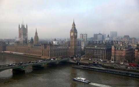 """У Британії хочуть дозволити інтернет-користувачам видаляти """"помилки юності"""""""