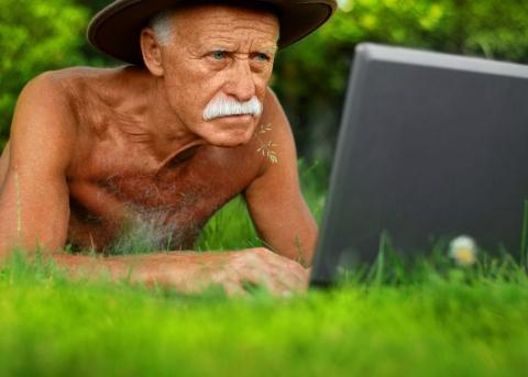 Кумедні витівки дідусів, які вас розвеселять (ФОТО)