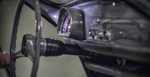 Seat відновив кабріолет 600, який простояв 25 років (ФОТО)