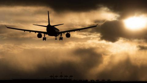 США можуть розширити заборону на провезення електроніки в літаках ще на ряд країн