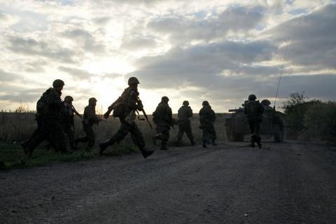 Терористи ведуть інтенсивний вогонь по ЗСУ, є поранені