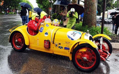 Гонці Mille Miglia 90 років: найяскравіші фото різних років (ФОТО)