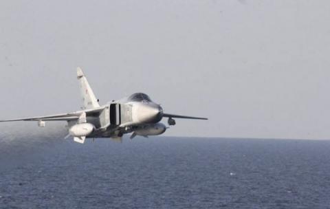 Винищувачі РФ зробили провокаційний політ біля нідерландського фрегата (ВІДЕО)