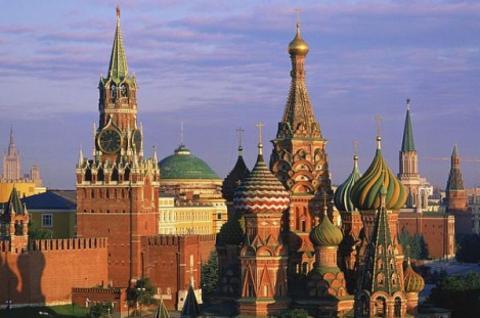 У Росії перенесли вибори президента на день окупації АРК