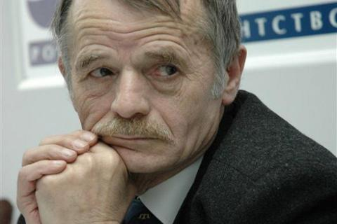 Джемілєв: Росія розмістила в Криму ядерну зброю